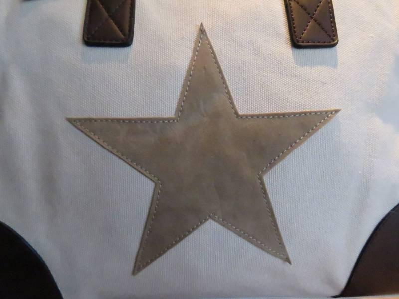 Canvas Schoudertas Met Ster : Ibiza star bag schoudertas met ster van giuliano bella